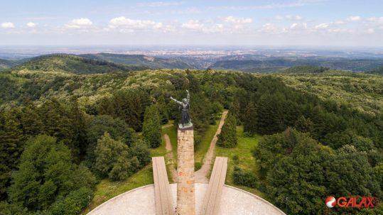 Spomenik Sloboda - Fruška Gora
